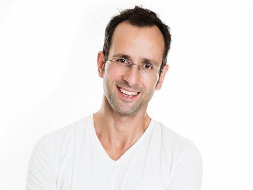 Assoz. Prof. Dr. Gunter Sturm Portrait